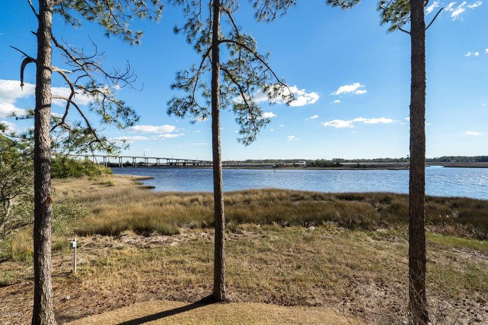 The Preserve at Oak Island Real Estate - http://cdn.resize.sparkplatform.com/ncr/1024x768/true/20170919160807113614000000-o.jpg