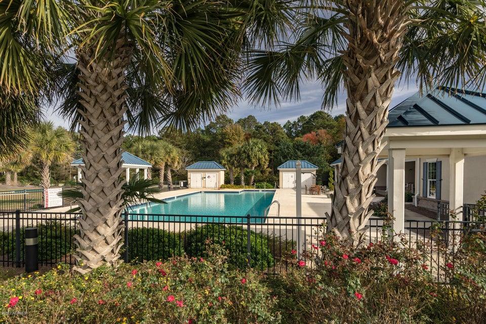 The Preserve at Oak Island Real Estate - http://cdn.resize.sparkplatform.com/ncr/1024x768/true/20170919160910019521000000-o.jpg