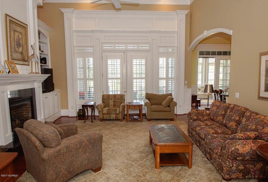 Ocean Ridge Real Estate - http://cdn.resize.sparkplatform.com/ncr/1024x768/true/20170919161703212751000000-o.jpg