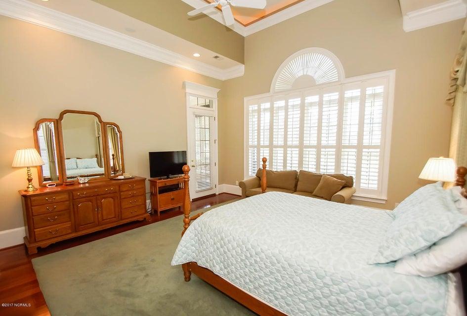 Ocean Ridge Real Estate - http://cdn.resize.sparkplatform.com/ncr/1024x768/true/20170919161805854082000000-o.jpg
