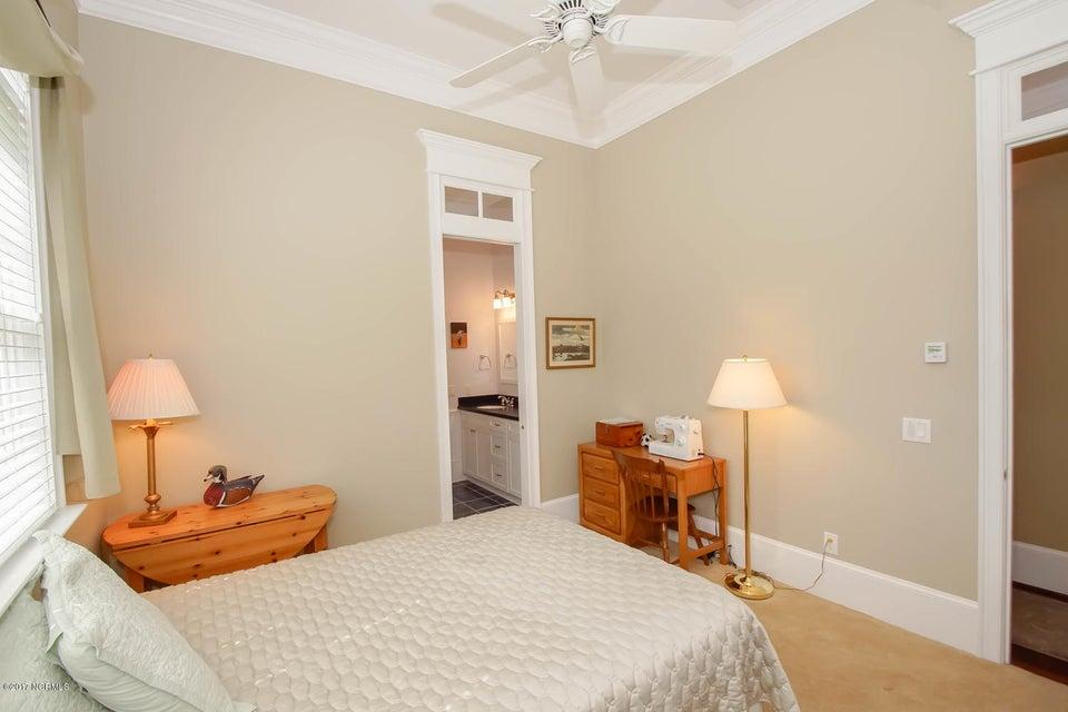 Ocean Ridge Real Estate - http://cdn.resize.sparkplatform.com/ncr/1024x768/true/20170919161848130890000000-o.jpg