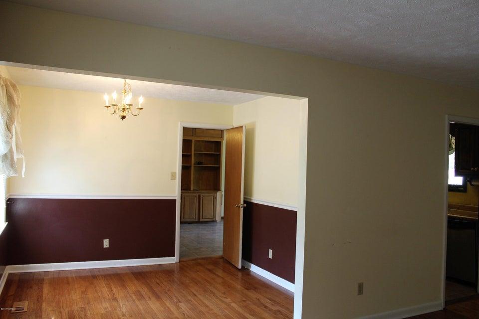 Forest Acres Real Estate - http://cdn.resize.sparkplatform.com/ncr/1024x768/true/20170920231130708054000000-o.jpg