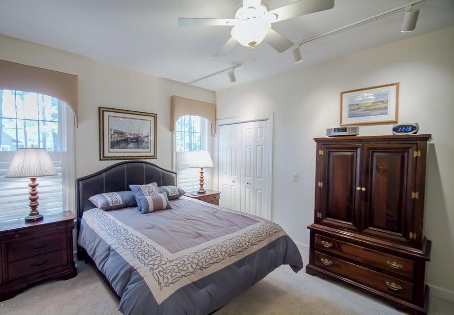 St James Real Estate - http://cdn.resize.sparkplatform.com/ncr/1024x768/true/20170922150938307375000000-o.jpg