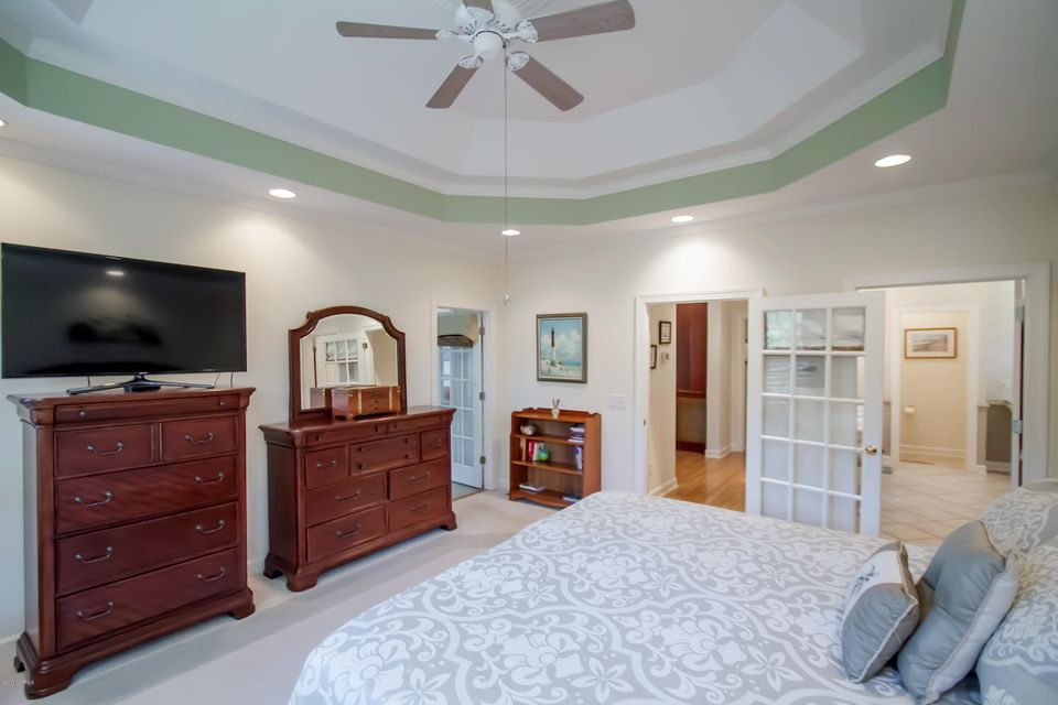 St James Real Estate - http://cdn.resize.sparkplatform.com/ncr/1024x768/true/20170922151023195805000000-o.jpg