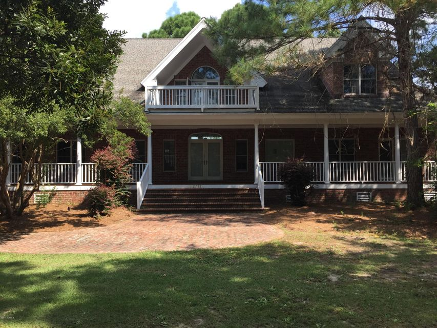 2712  St James Drive Southport, NC 28461