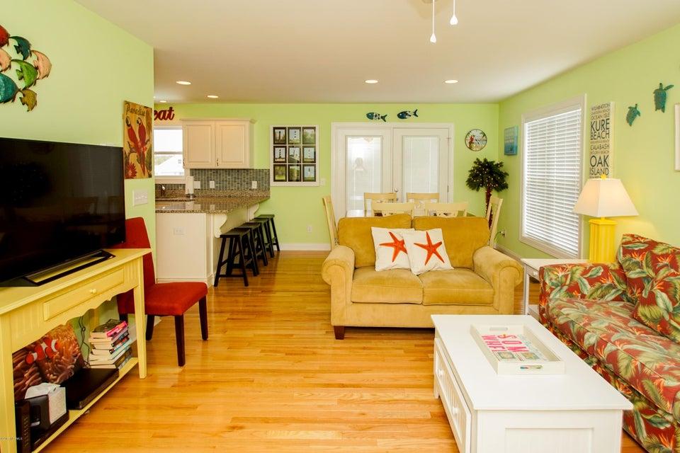 E. Long Beach Real Estate - http://cdn.resize.sparkplatform.com/ncr/1024x768/true/20170923222738627976000000-o.jpg