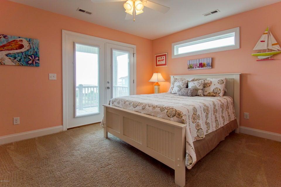E. Long Beach Real Estate - http://cdn.resize.sparkplatform.com/ncr/1024x768/true/20170923223058869061000000-o.jpg