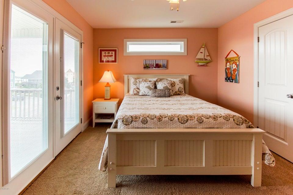 E. Long Beach Real Estate - http://cdn.resize.sparkplatform.com/ncr/1024x768/true/20170923223107072958000000-o.jpg