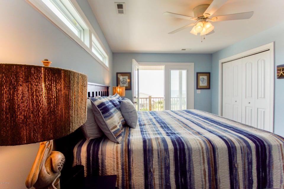 E. Long Beach Real Estate - http://cdn.resize.sparkplatform.com/ncr/1024x768/true/20170923223200926681000000-o.jpg