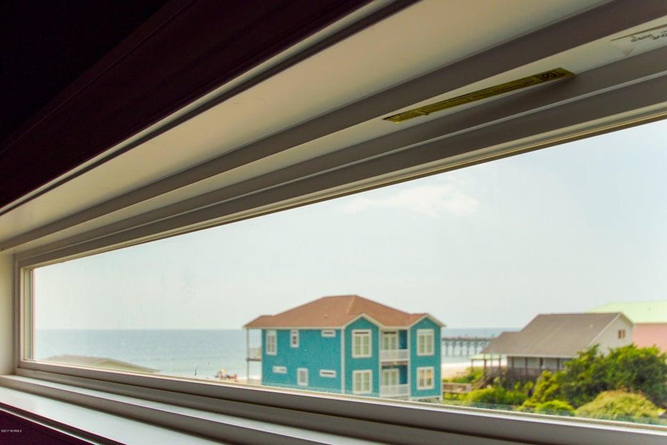 E. Long Beach Real Estate - http://cdn.resize.sparkplatform.com/ncr/1024x768/true/20170923223222336948000000-o.jpg