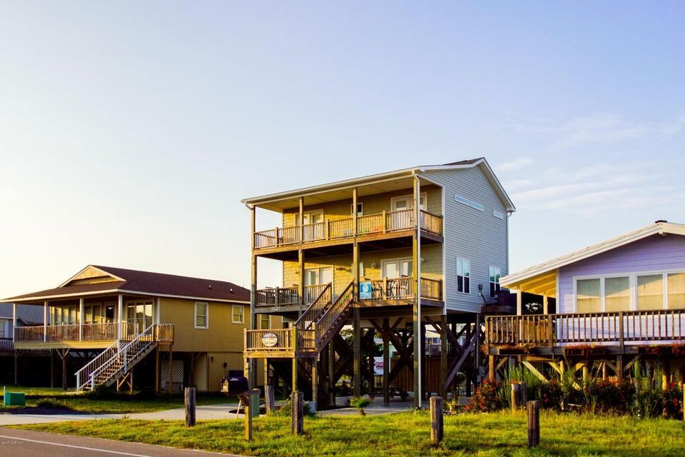 E. Long Beach Real Estate - http://cdn.resize.sparkplatform.com/ncr/1024x768/true/20170923223323817166000000-o.jpg