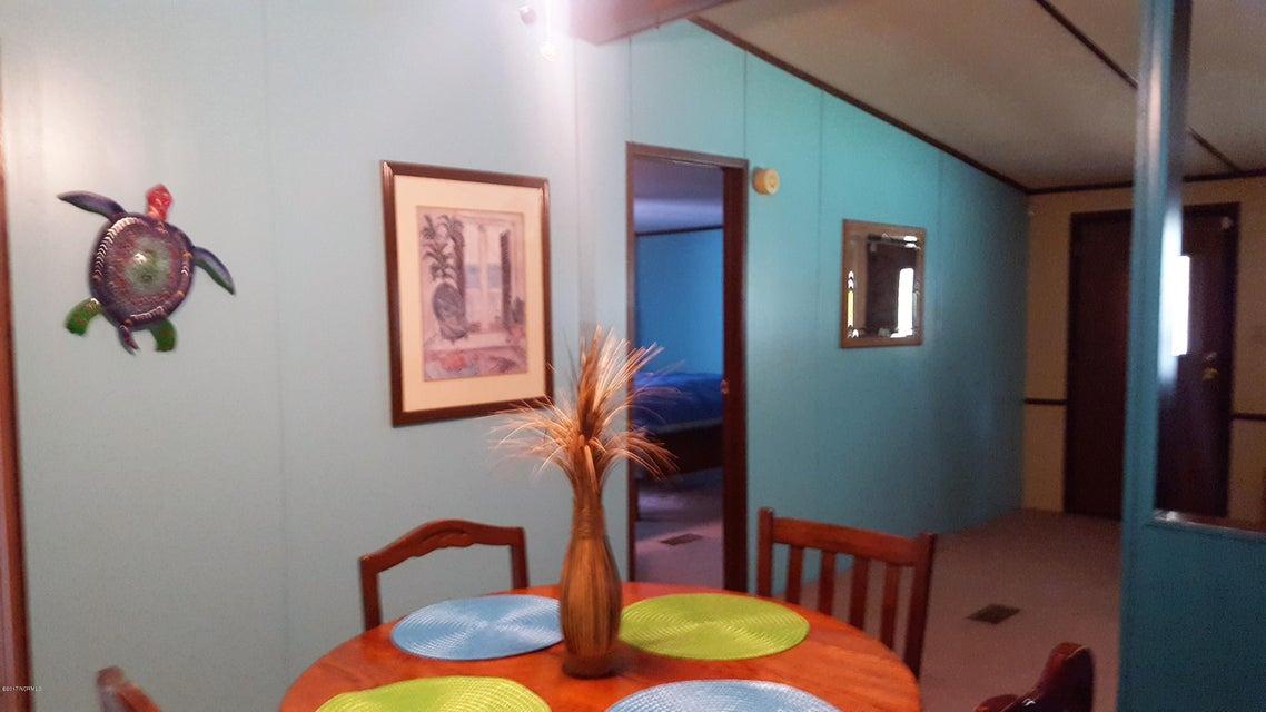 Summer Place Real Estate - http://cdn.resize.sparkplatform.com/ncr/1024x768/true/20170925142236525358000000-o.jpg
