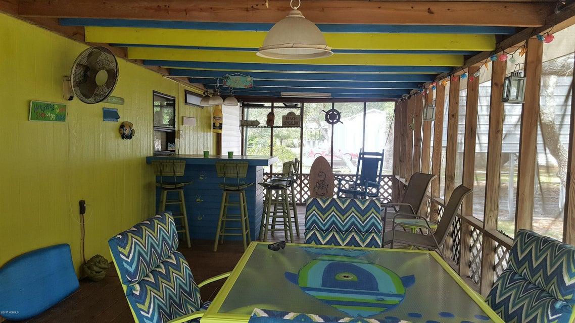 Summer Place Real Estate - http://cdn.resize.sparkplatform.com/ncr/1024x768/true/20170925142336223174000000-o.jpg