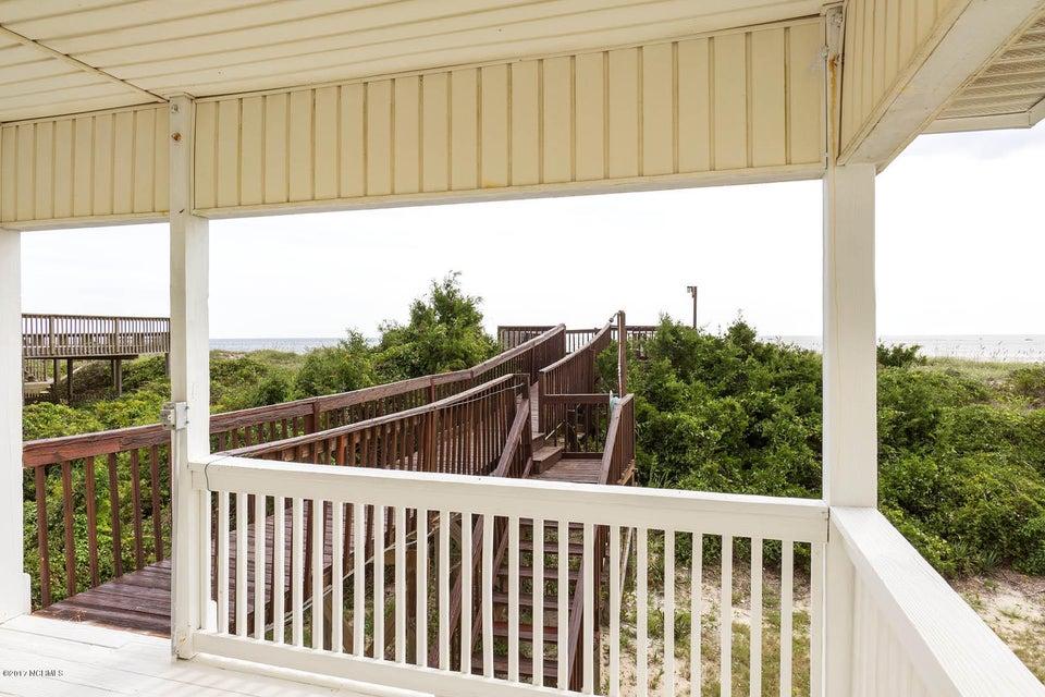 Caswell Beach Real Estate - http://cdn.resize.sparkplatform.com/ncr/1024x768/true/20170925162254983313000000-o.jpg