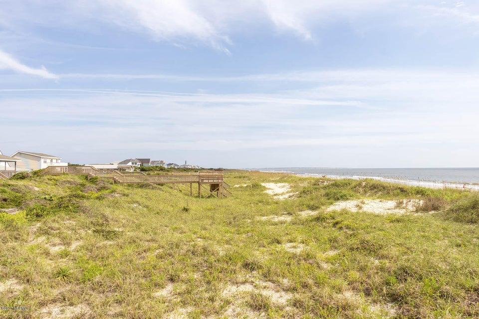 Caswell Beach Real Estate - http://cdn.resize.sparkplatform.com/ncr/1024x768/true/20170925162306852180000000-o.jpg