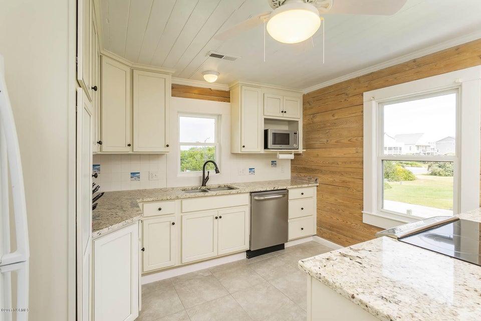 Caswell Beach Real Estate - http://cdn.resize.sparkplatform.com/ncr/1024x768/true/20170925162330316173000000-o.jpg