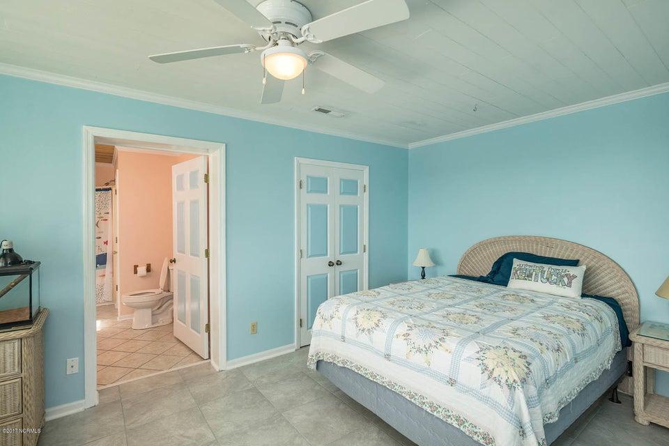Caswell Beach Real Estate - http://cdn.resize.sparkplatform.com/ncr/1024x768/true/20170925162334700107000000-o.jpg