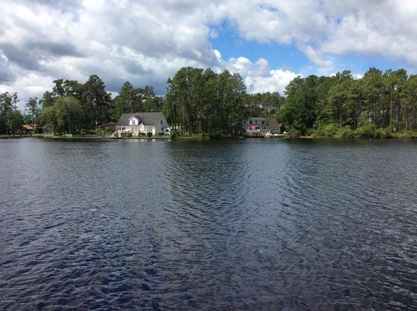Boiling Spring Lakes Real Estate - http://cdn.resize.sparkplatform.com/ncr/1024x768/true/20170927131336883844000000-o.jpg