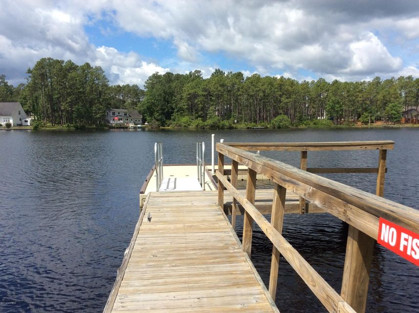 Boiling Spring Lakes Real Estate - http://cdn.resize.sparkplatform.com/ncr/1024x768/true/20170927131337333067000000-o.jpg