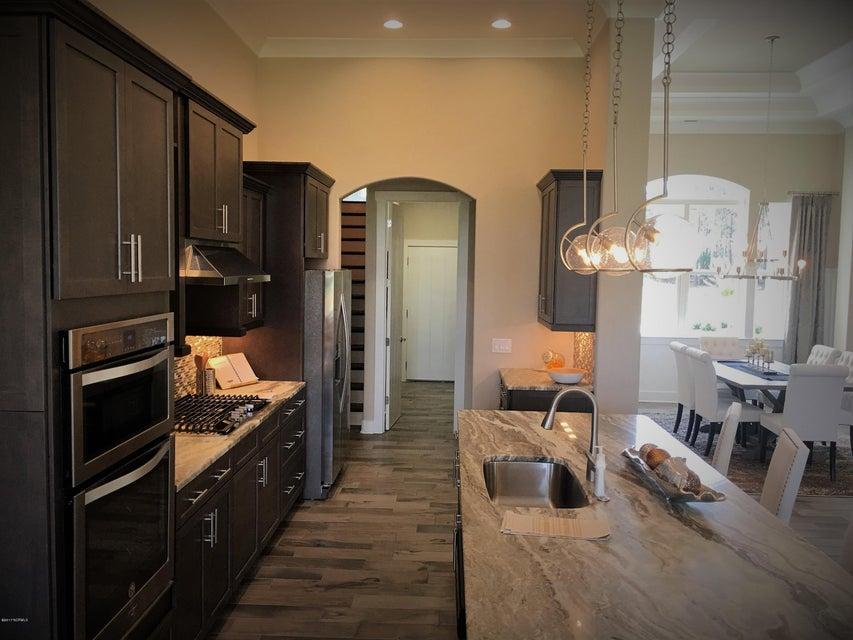 Thistle Downs Real Estate - http://cdn.resize.sparkplatform.com/ncr/1024x768/true/20170927183543549241000000-o.jpg