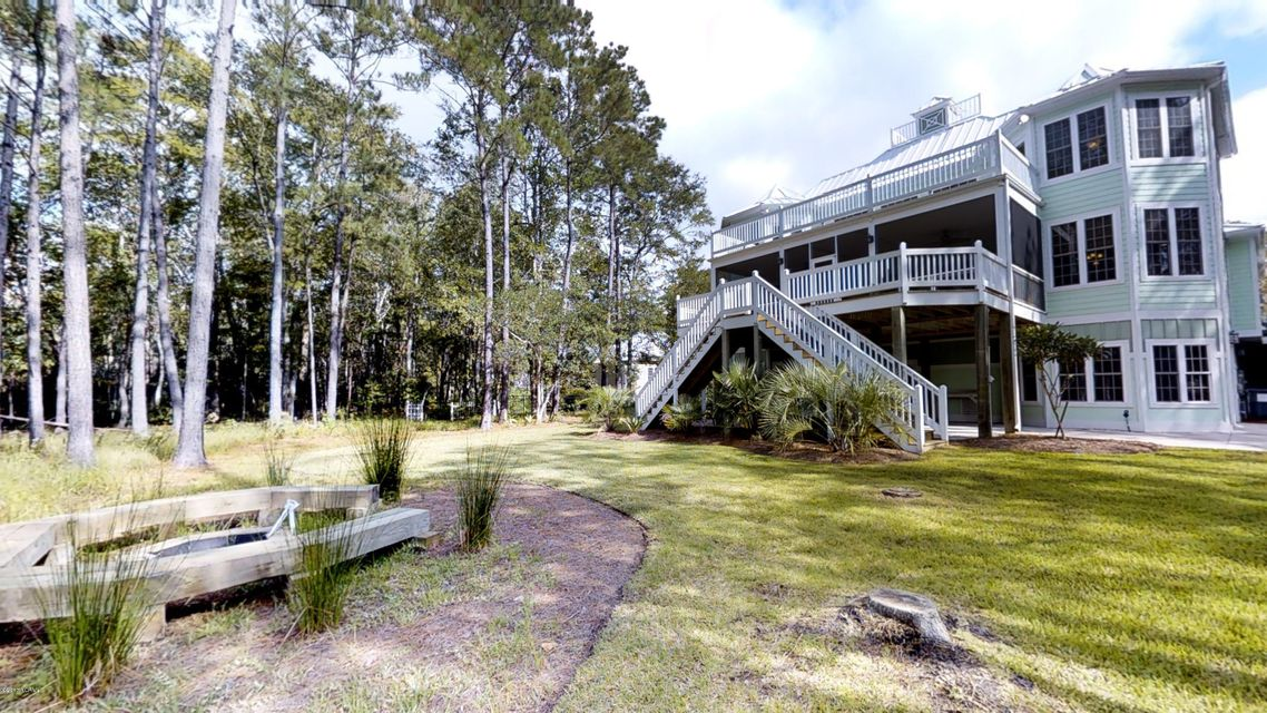 Winding River Plantation Real Estate - http://cdn.resize.sparkplatform.com/ncr/1024x768/true/20170928141526837322000000-o.jpg