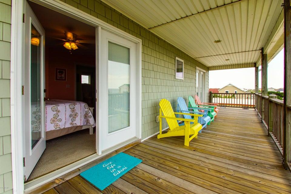 E. Long Beach Real Estate - http://cdn.resize.sparkplatform.com/ncr/1024x768/true/20170928225842853959000000-o.jpg