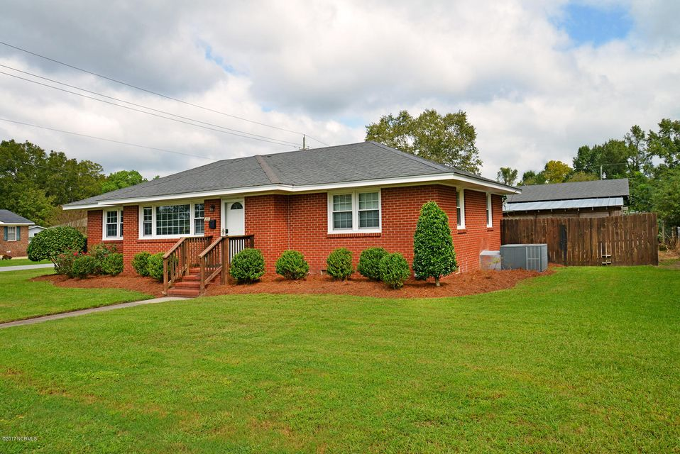 Property for sale at 207 W W 9th Street, Ayden,  NC 28513