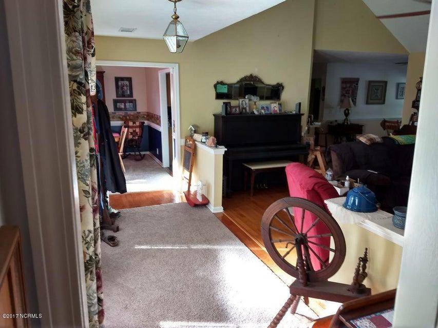 Carolina Shores Real Estate - http://cdn.resize.sparkplatform.com/ncr/1024x768/true/20170929171110236313000000-o.jpg