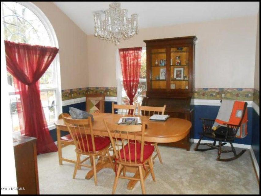 Carolina Shores Real Estate - http://cdn.resize.sparkplatform.com/ncr/1024x768/true/20170929171128655656000000-o.jpg