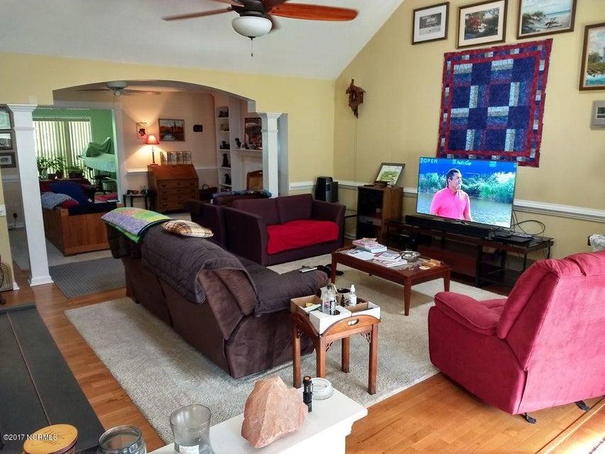 Carolina Shores Real Estate - http://cdn.resize.sparkplatform.com/ncr/1024x768/true/20170929171132311483000000-o.jpg