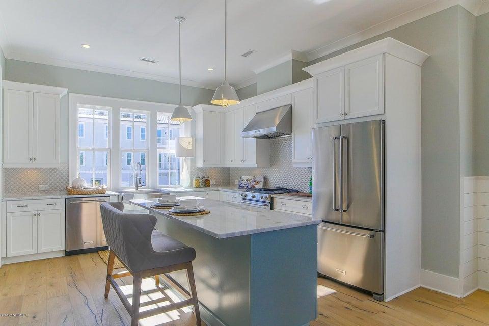 Riverlights Marina Village Real Estate - http://cdn.resize.sparkplatform.com/ncr/1024x768/true/20170929193842614236000000-o.jpg