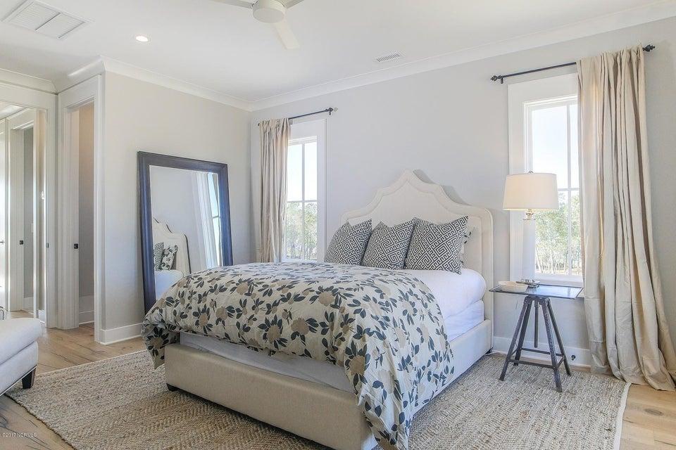Riverlights Marina Village Real Estate - http://cdn.resize.sparkplatform.com/ncr/1024x768/true/20170929193901321698000000-o.jpg
