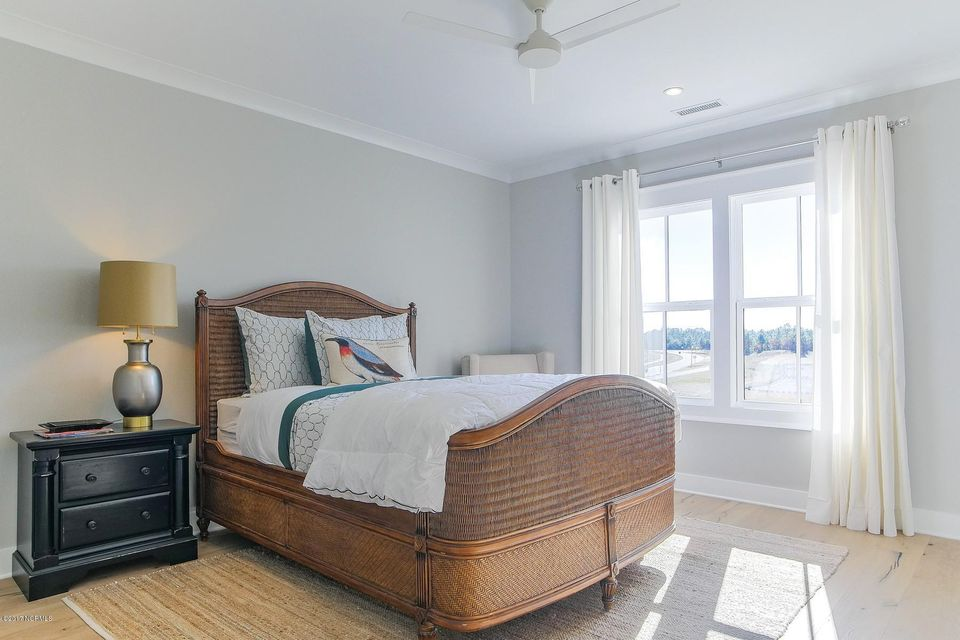 Riverlights Marina Village Real Estate - http://cdn.resize.sparkplatform.com/ncr/1024x768/true/20170929193902912807000000-o.jpg