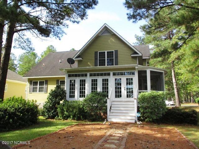 Meadowlands Real Estate - http://cdn.resize.sparkplatform.com/ncr/1024x768/true/20171002175429014825000000-o.jpg