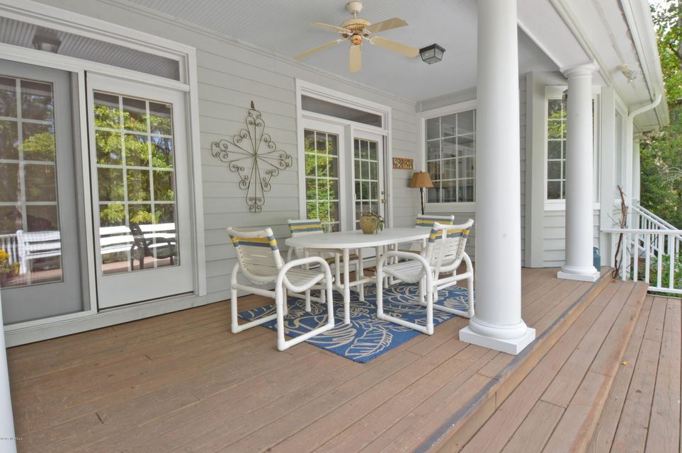 Porters Neck Plantation Real Estate - http://cdn.resize.sparkplatform.com/ncr/1024x768/true/20171002220836039129000000-o.jpg