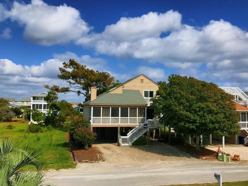 Sunset Beach Real Estate - http://cdn.resize.sparkplatform.com/ncr/1024x768/true/20171003130130841320000000-o.jpg