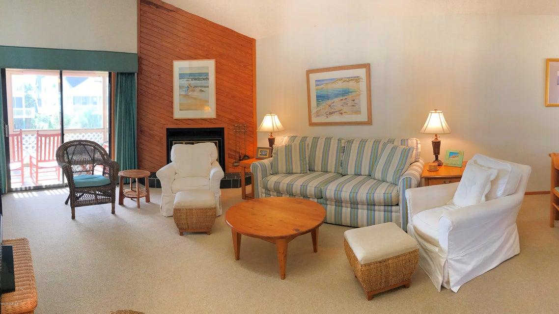 Sunset Beach Real Estate - http://cdn.resize.sparkplatform.com/ncr/1024x768/true/20171003145109763963000000-o.jpg