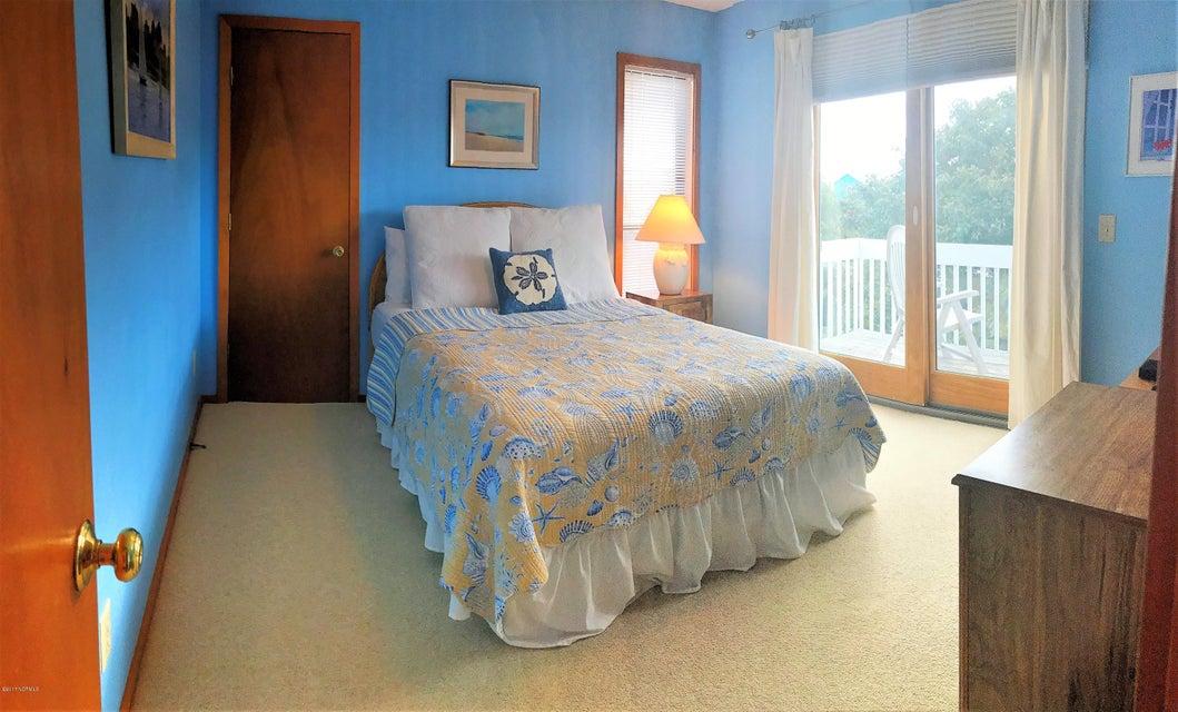 Sunset Beach Real Estate - http://cdn.resize.sparkplatform.com/ncr/1024x768/true/20171003163903032679000000-o.jpg