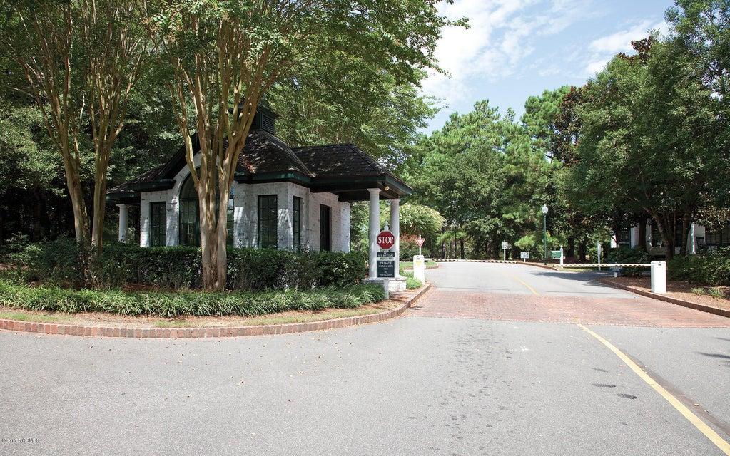 Porters Neck Plantation Real Estate - http://cdn.resize.sparkplatform.com/ncr/1024x768/true/20171004175153909643000000-o.jpg