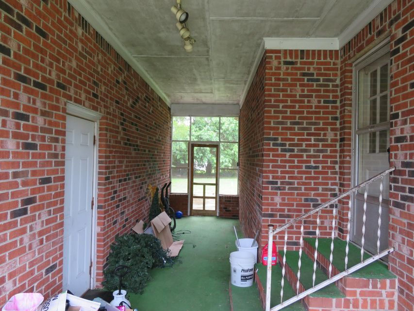 724 Pamlico Street,Belhaven,North Carolina,3 Bedrooms Bedrooms,6 Rooms Rooms,1 BathroomBathrooms,Single family residence,Pamlico,100084784