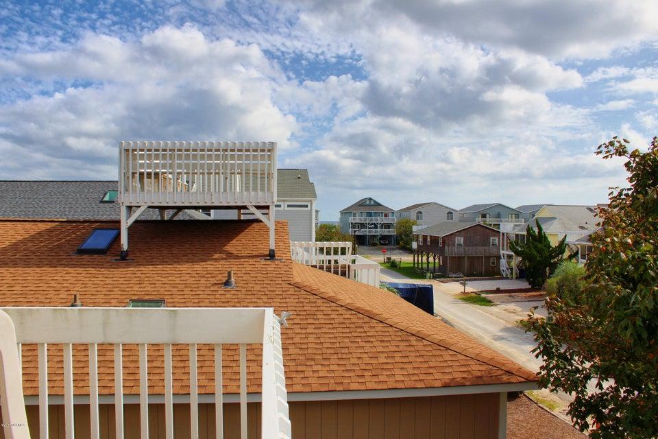 Sunset Beach Real Estate - http://cdn.resize.sparkplatform.com/ncr/1024x768/true/20171005192622372246000000-o.jpg