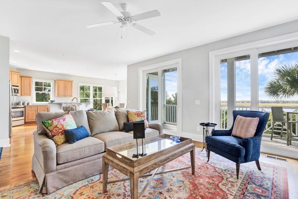 South Harbour Village Real Estate - http://cdn.resize.sparkplatform.com/ncr/1024x768/true/20171006190243796009000000-o.jpg