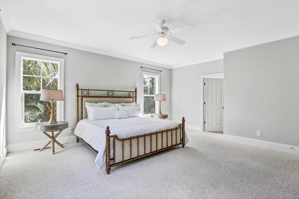 South Harbour Village Real Estate - http://cdn.resize.sparkplatform.com/ncr/1024x768/true/20171006190352134527000000-o.jpg
