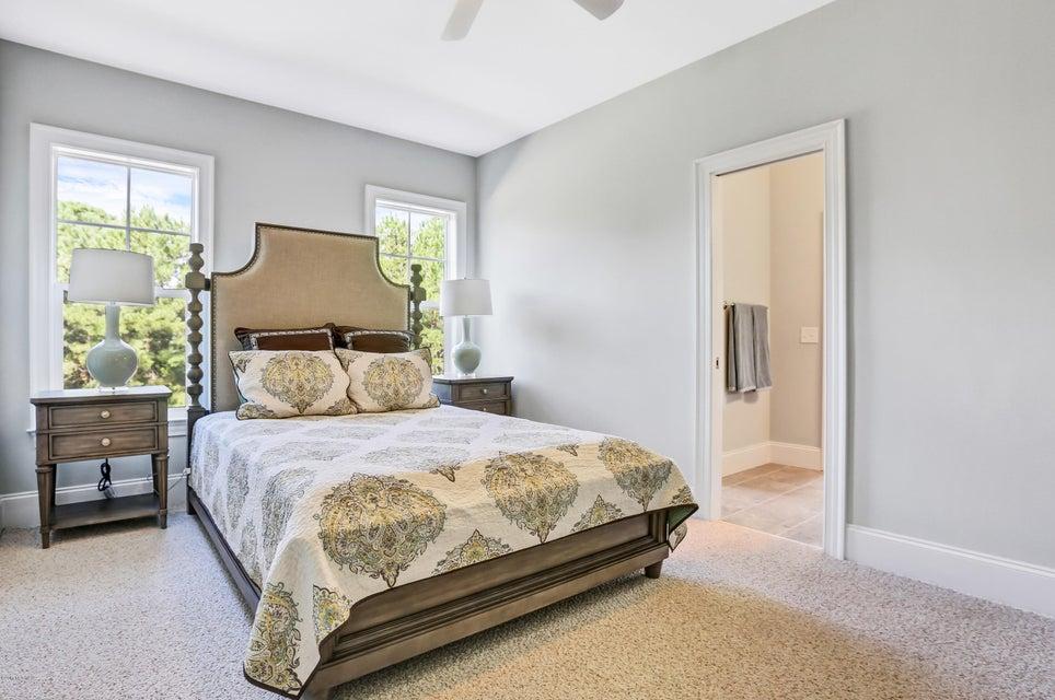South Harbour Village Real Estate - http://cdn.resize.sparkplatform.com/ncr/1024x768/true/20171006190421746954000000-o.jpg