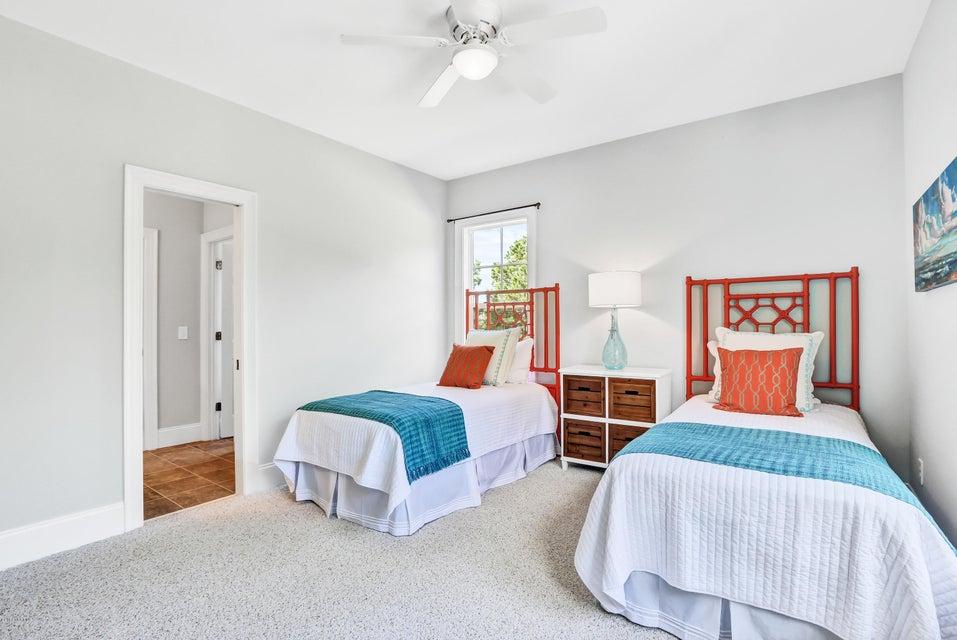 South Harbour Village Real Estate - http://cdn.resize.sparkplatform.com/ncr/1024x768/true/20171006190427788696000000-o.jpg