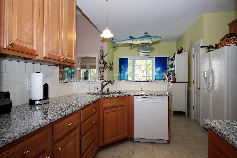 121 Thames Lane,Chocowinity,North Carolina,3 Bedrooms Bedrooms,10 Rooms Rooms,2 BathroomsBathrooms,Single family residence,Thames,100084493