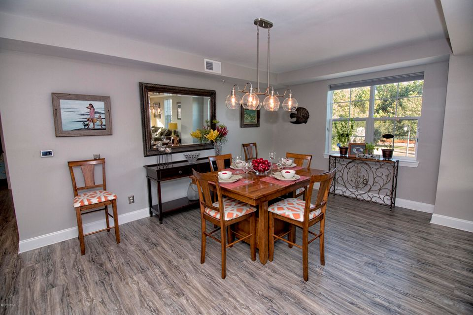 The Preserve at Oak Island Real Estate - http://cdn.resize.sparkplatform.com/ncr/1024x768/true/20171010135319027210000000-o.jpg