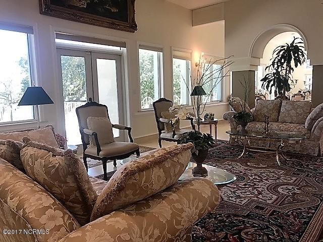 Masonboro Sound Real Estate - http://cdn.resize.sparkplatform.com/ncr/1024x768/true/20171010220230553613000000-o.jpg