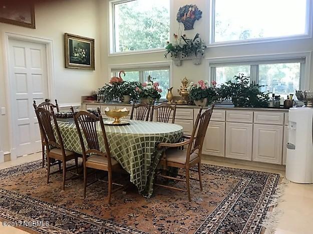 Masonboro Sound Real Estate - http://cdn.resize.sparkplatform.com/ncr/1024x768/true/20171010220517920583000000-o.jpg