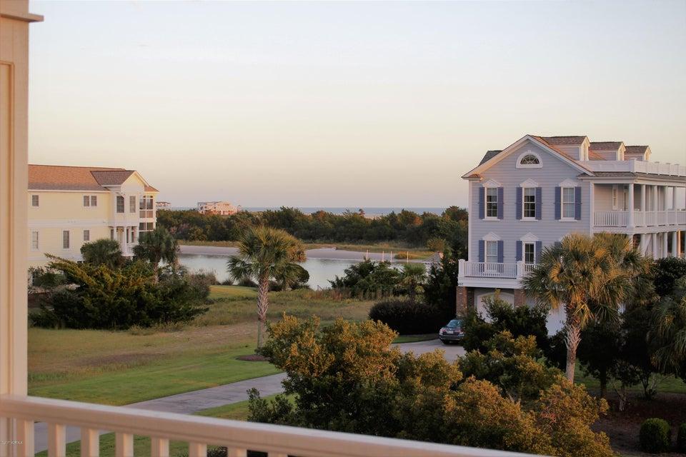 Seascape Real Estate - http://cdn.resize.sparkplatform.com/ncr/1024x768/true/20171012193145326424000000-o.jpg